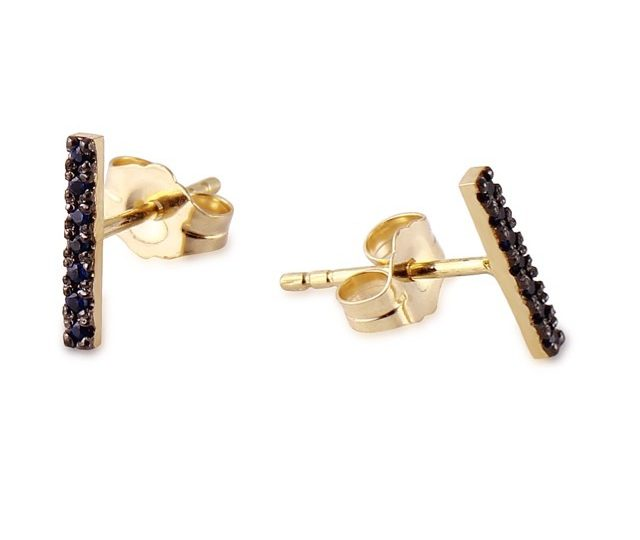 New combo of blue sapphires and black rhodium added to the collection of stick earrings #14kyellowgold #blue sapphire #earrings #alexisjewelry