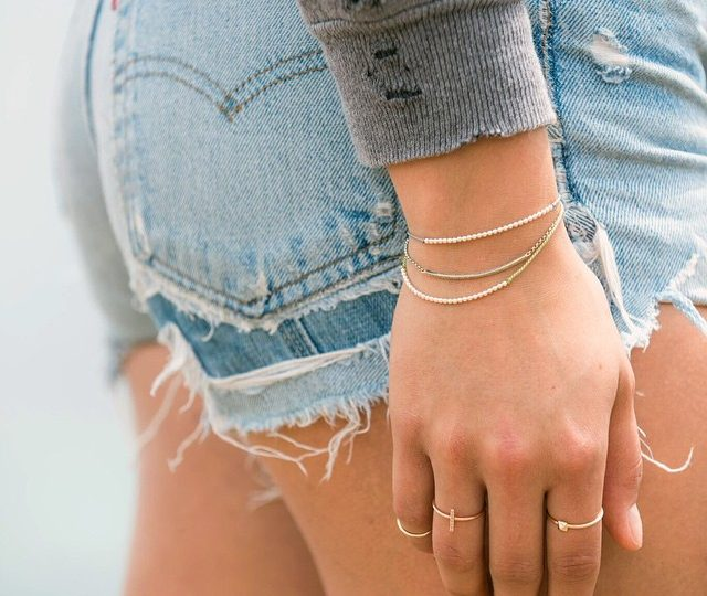 Always the girl wearing her #heart on her sleeve  #Happy #Saturday || #AlexisJewelry #Dainty #Jewelry #14k #Gold #MadeinLA #LA #woman #vintage #Levis #ootd