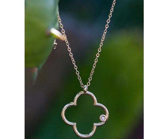 s i m p l y p e r f e c t  #Alexisjewelry #MadeinLA #Gold #Diamonds #onewithnature