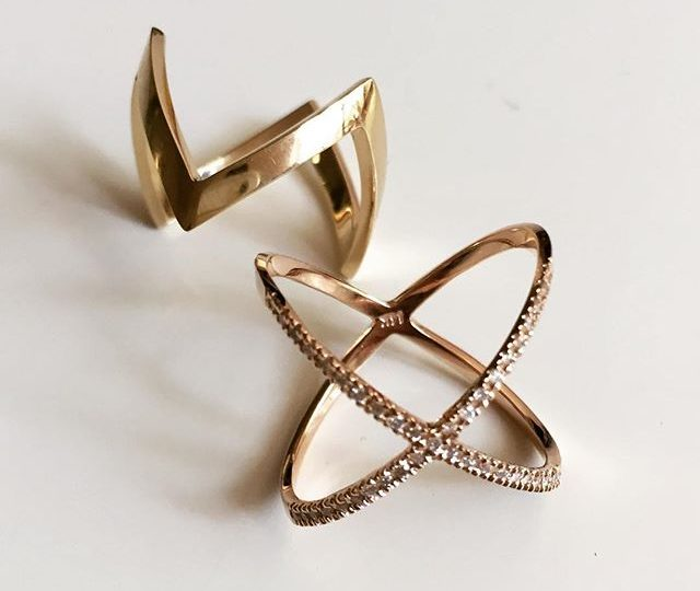You Zig and I'll Zag  #New Zigzag Ring next to are always Classic and #Chic Xring || #AlexisJewelry #MadeinLa #Dainty #Jewelry #EverDayArmor