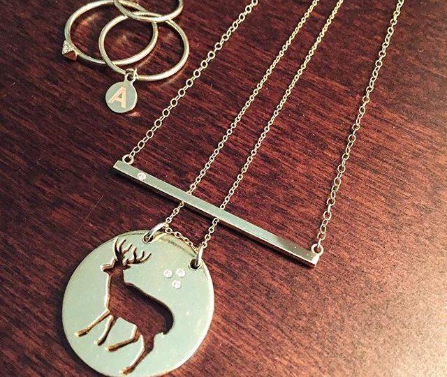 Feeling wintery ️ #alexisjewelry #finejewelry #gold #diamonds #necklaces #rings #initial #pendant #charm #jewelry #winter #holidayseason #sundayfunday #lazyday #sunday #madeinla #losangeles