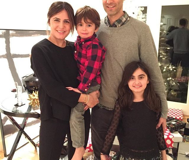 Feeling so thankful for my family #tistheseason #merrychristmas #grateful #alexisjewelry