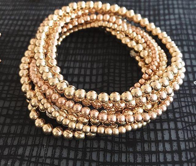 My kind of evening appetizer 🥂 #stretchbracelets #giftyourbesties #bracelets #stackedup #everydaystyle #everydayjewelry #armcandy #alexisjewelry #madeinla
