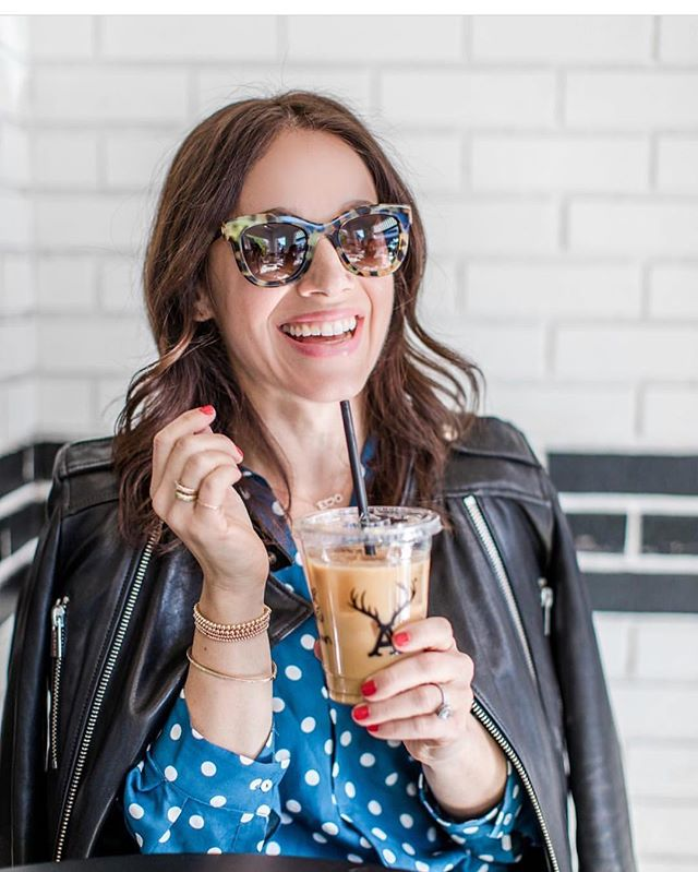 I adore this beauty out & about in her rose gold stretch bracelets and thin band. You radiate so much positive energy @marlasokoloff